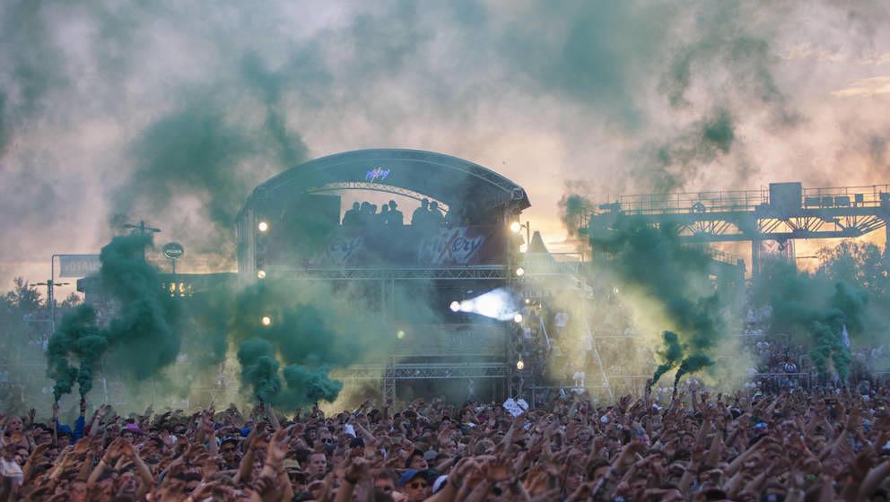 Grüne Hölle: Bilder vom Publikum beim Marsimoto-Auftritt, Splash Festival 2011
