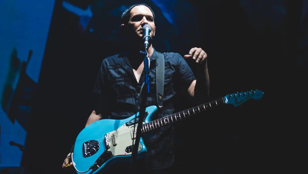 Brian Molko mit Placebo am 16. Juli 2017 beim Collisioni Festival 2017 in Barolo