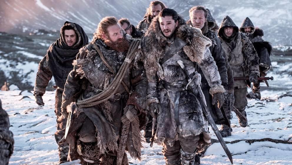 Jon Snows Team auf der Suche nach einem Untoten.