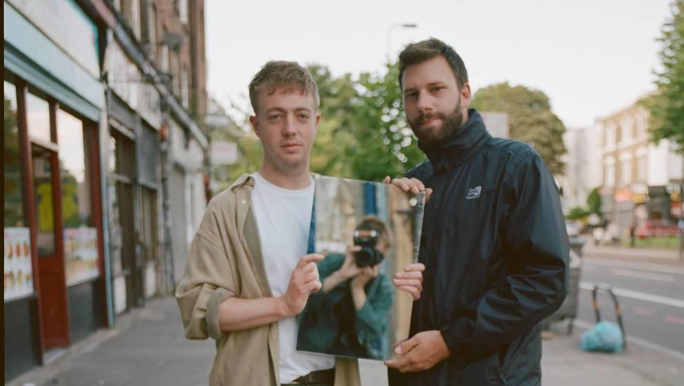 This is not your usual EDM: Mount Kimbie