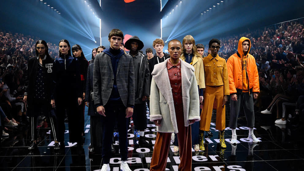 BERLIN, GERMANY - SEPTEMBER 01:  Models walk the runway at the Zalando A/W 17 women show during the Bread & Butter by Zal