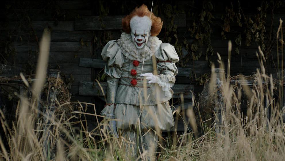 Der Clown könnte überall in der Kleinstadt Derry erscheinen.
