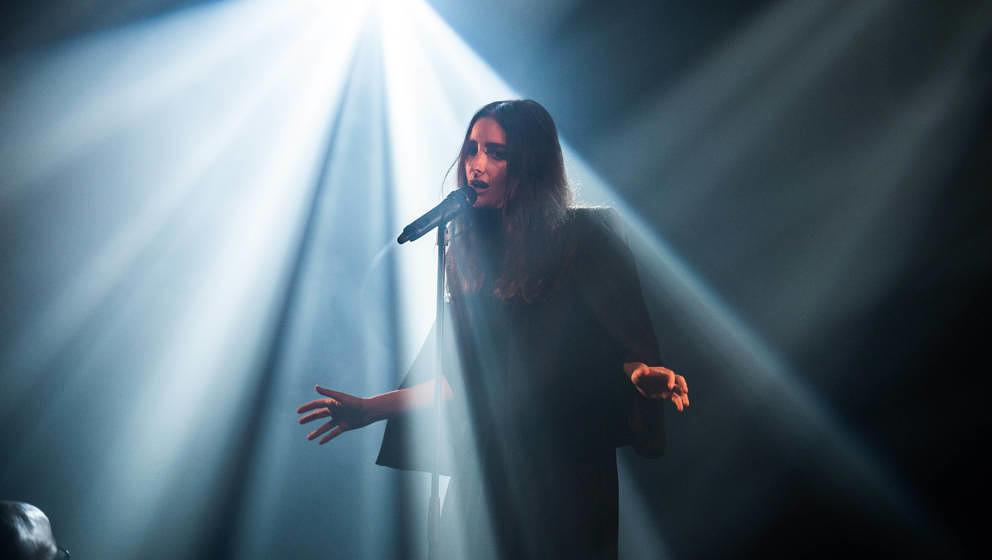 Banks machte für eines der letzten Konzerte ihrer THE-ALTAR-Tour Halt in Berlin.