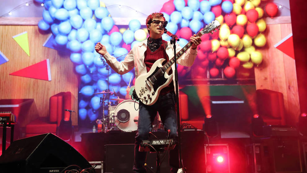 Rivers Cuomo mit Weezer live am 28. Oktober 2017 in London