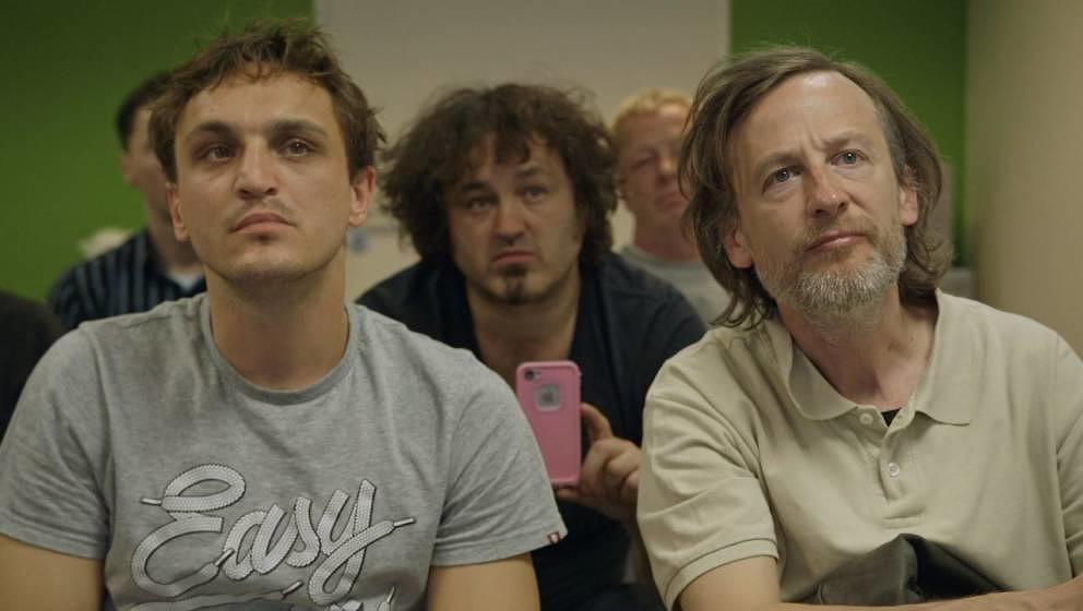 """Wollen lernen, wie man Frauen in die Kiste kriegt: Thorben (Franz Rogowski) und Rocky (Jan Henrik Stahlberg) in """"Fikkefuchs"""""""