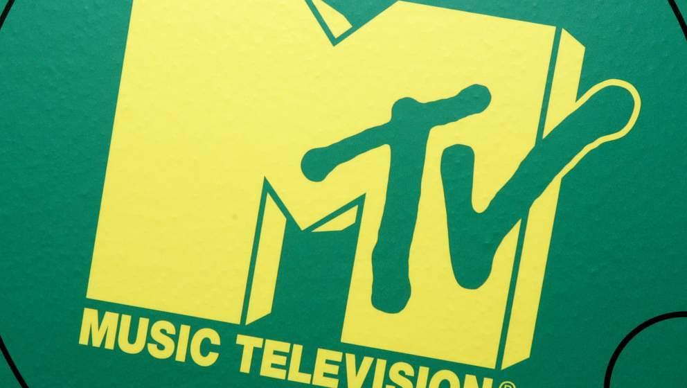 NEW YORK -  APRIL 05:  MTV sign is seen on April 05, 2006 in New York City.  (Photo by Peter Kramer /Getty Images)