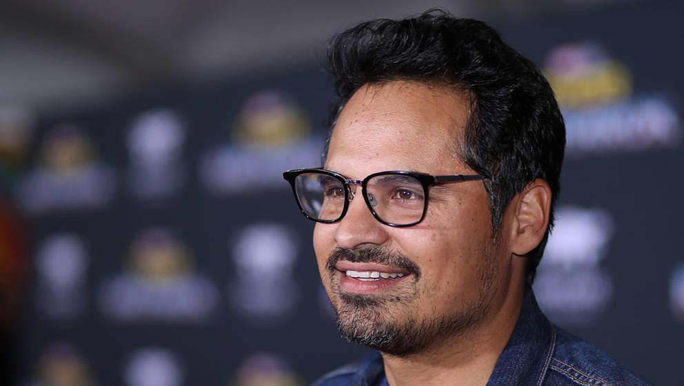"""Michael Peña spielt die Hauptrolle im Film """"Extinction"""", den sich Netflix jetzt gesichert hat"""