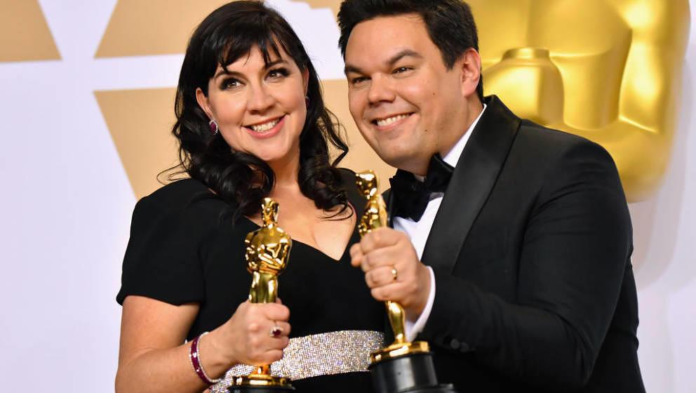 """Kristen Anderson-Lopez und Robert Lopez gewinnen einen Oscar für ihren """"Coco-Titelsong"""