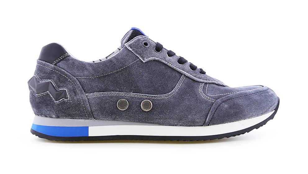 Wir verlosen stylishe Sneaker von FLORIS VAN BOMMEL