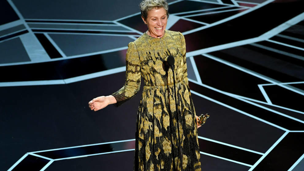 HOLLYWOOD, CA - MARCH 04:  Actor Frances McDormand accepts Best Actress for 'Three Billboards Outside Ebbing, Missouri' onsta