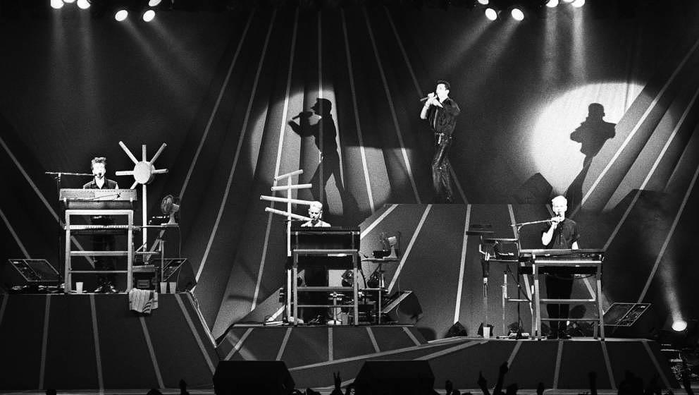 Weltstars seit 37 Jahren: Depeche Mode, hier live am 24.5.1986 in Rotterdam