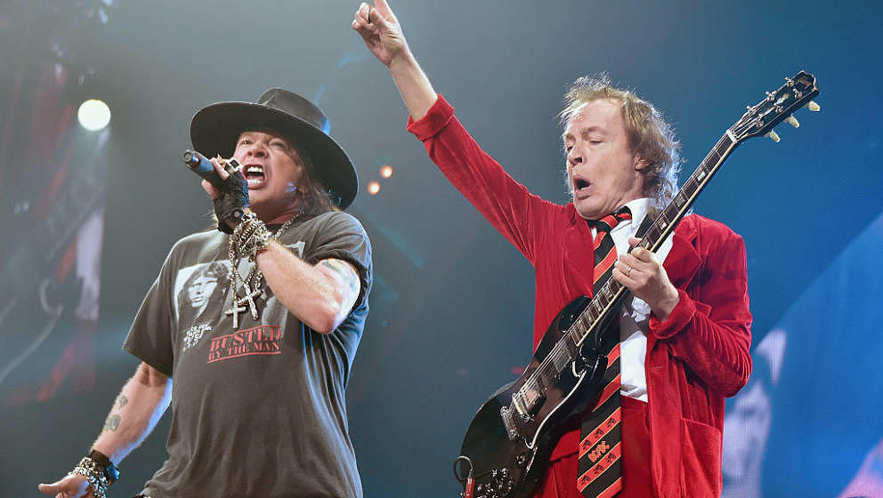 For those about to rock: Axl Rose und Angus Young, hier im September 2016 live im New Yorker Madison Square Garden