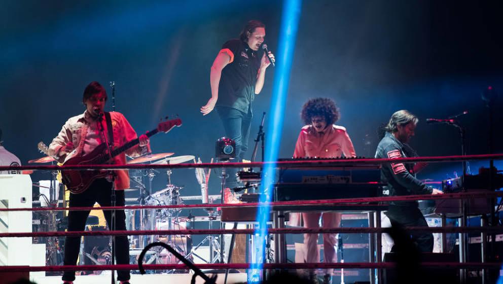 Treten neuerdings im Boxring auf: Arcade Fire live am 12. April 2018 in London