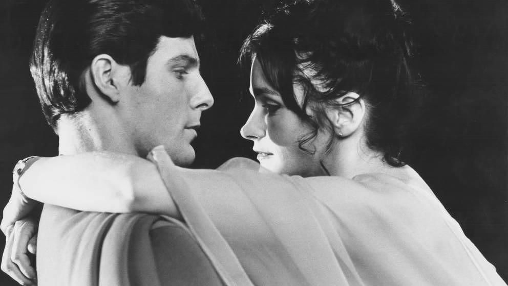 Actors Christopher Reeve and Margot Kidder in a scene from the movie 'Superman', 1978. (Photo by Stanley Bielecki Movie Colle