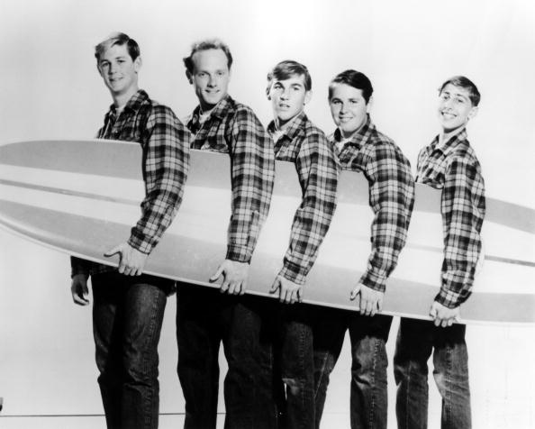 UNITED STATES - JANUARY 01:  Photo of BEACH BOYS; L-R: Brian Wilson, Mike Love, Dennis Wilson, Carl Wilson, David Marks posed