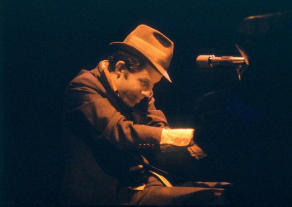 UNITED KINGDOM - JANUARY 01:  Photo of Tom WAITS; performing at Victoria Apollo, London  (Photo by David Corio/Redferns)
