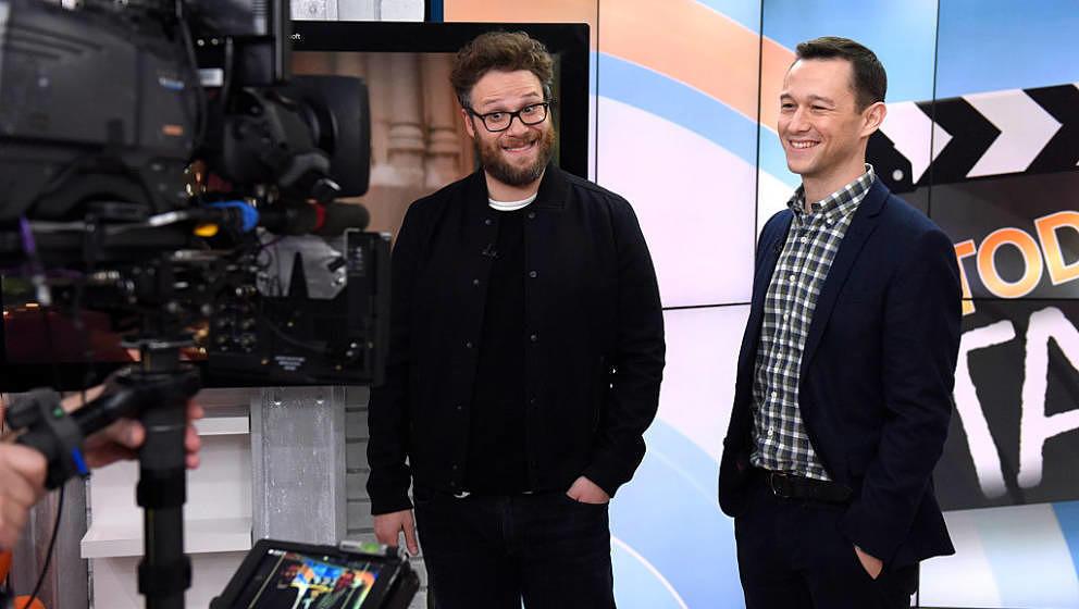Joseph Gordon-Levitt und Seth Rogen – hier gemeinsam 2015 vor der TV-Kamera – stellten sich in einem Rap-Battle.