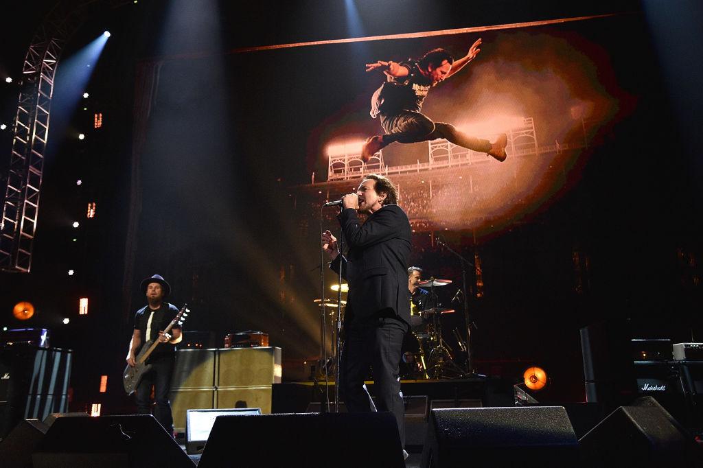 Um Pearl Jams neuen Song zu hören, müsst Ihr den Mond mit Eurem Smartphone finden