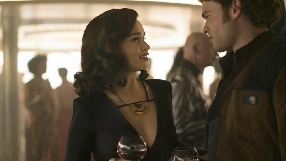 Als Leia noch kein Thema war: Han Solo flirtet mit Qi'ra (Emilia Clarke)