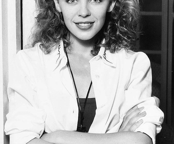 Portrait of singer and actress Kylie Minogue, circa 1987. (Photo by Dave Hogan/Getty Images) *** Local Caption ***