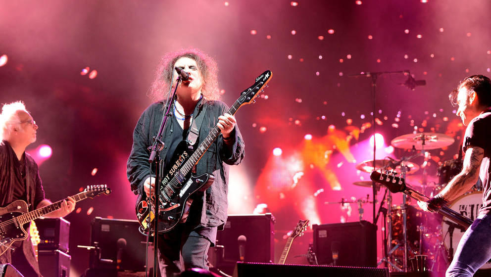 NAPA, CA - MAY 30:  Reeves Gabrels, Robert Smith and Simon Gallup of The Cure perform during the 2014 Bottlerock Music Festiv