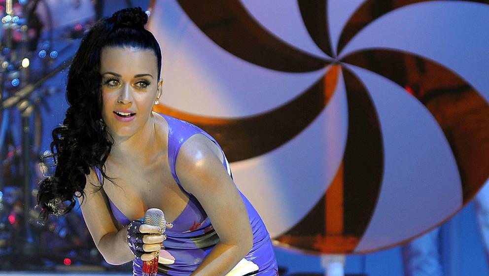 Katy Perry während eines Konzerts im Jahr 2010