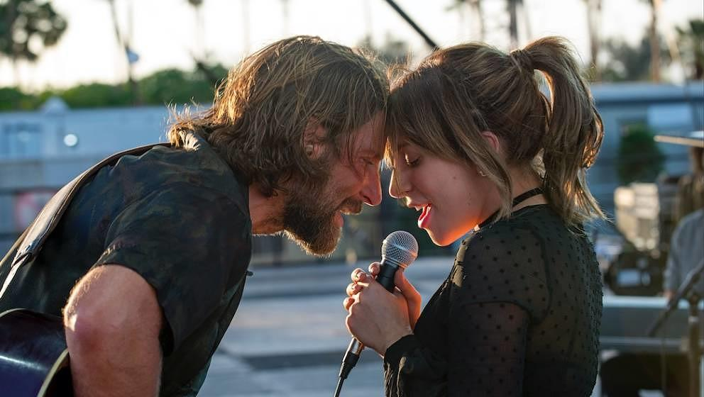 "Bradley Cooper und Lady Gaga in ""A Star Is Born""."