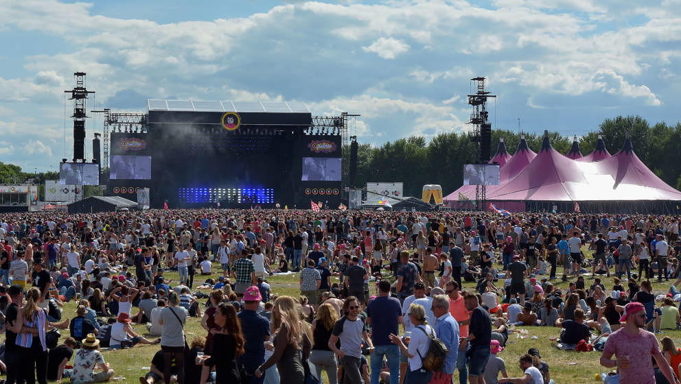 LANDGRAAF, NETHERLANDS - JUNE 05:  General view on the atmosphere at Pinkpop festival on June 5, 2017 in Landgraaf, Netherlan