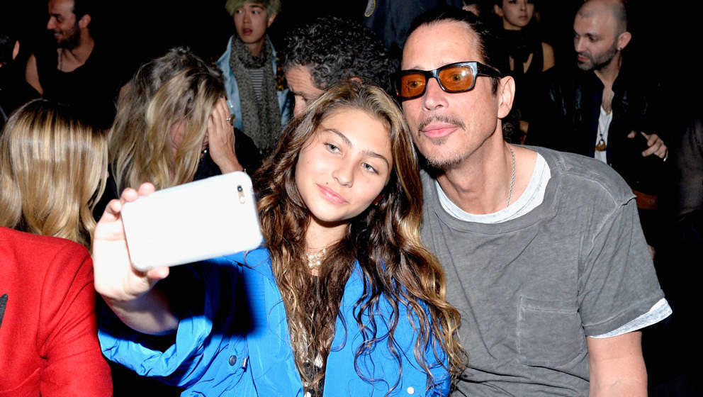 Toni Cornell mit ihrem Vater Chris im Februar 2016