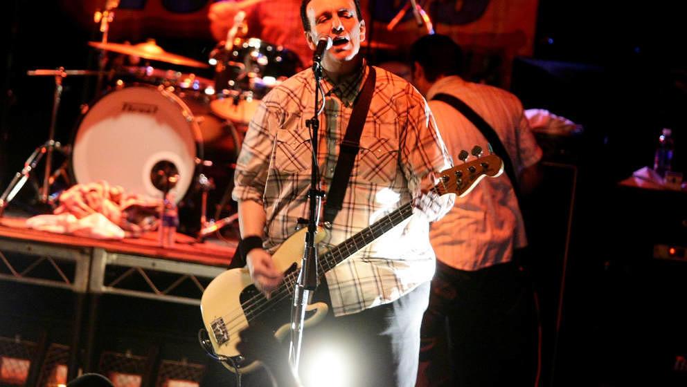 Steve Soto, hier im Jahr 209, war Gründungsmitglied und Bassist der Punkband The Adolescents, starb im Alter von 54 Jahren. Die Todesursache ist bisher nicht bekannt.
