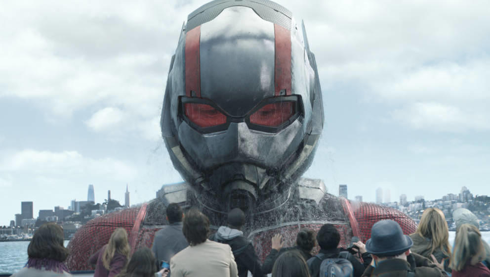 Marvel Studios' ANT-MAN AND THE WASP..Ant-Man/Scott Lang in his Giant-Man form (Paul Rudd)..Photo: Film Frame..©Marvel Studi