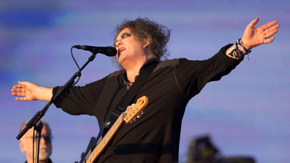 LONDON, ENGLAND - JULY 07:  Robert Smith of The Cure performs at  Barclaycard present British Summer Time Hyde Park at Hyde P