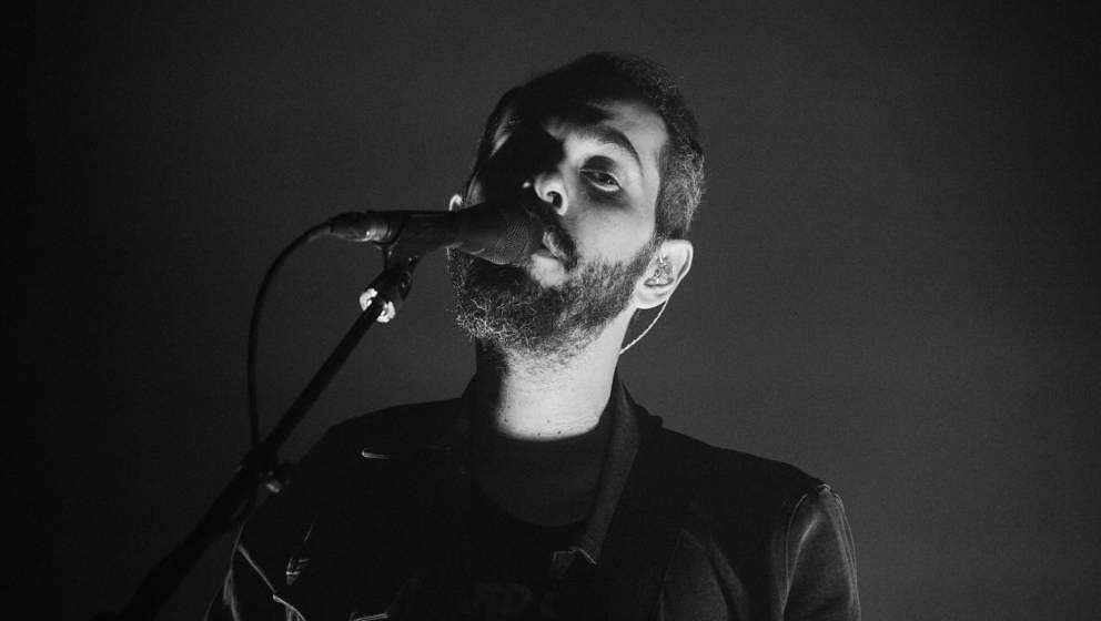 Greg Gonzalez mit Cigarettes After Sex live in Paris am 25. Mai 2018