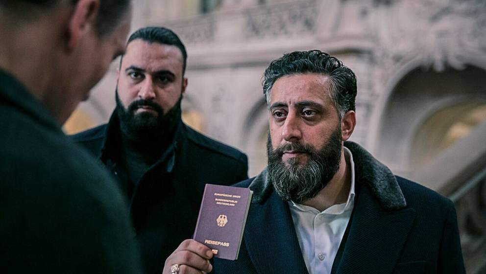 Tony scheint endlich einen deutschen Pass zu haben.