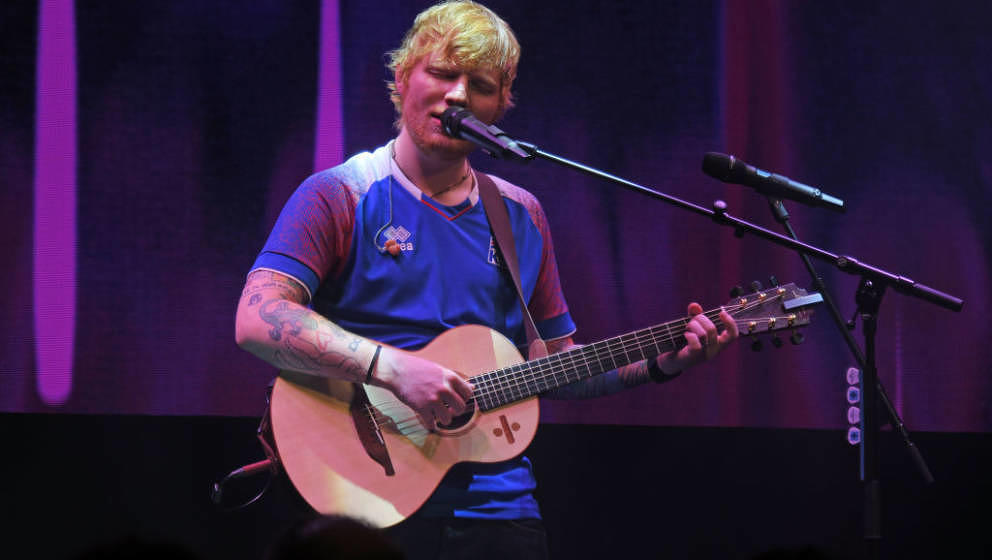 WINDSOR, ENGLAND - JUNE 27:  Ed Sheeran performs at the Argento Ball for the Elton John AIDS Foundation in association with B