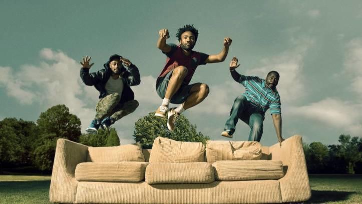 """Der Serienmacher: Gerade ging die zweite Staffel von """"Atlanta"""" zu Ende. Als Drehbuchautor, Regisseur und Hauptdarsteller bringt Glover das afroamerikanische Alltagsgefühl auf den Punkt."""