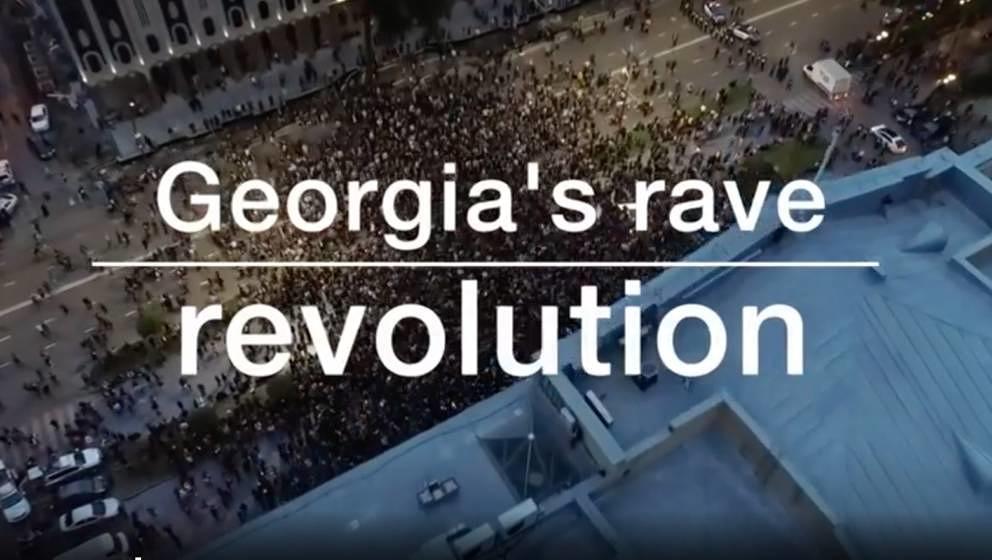 """""""We dance together, we fight together"""": Tanzen wurde nach den Razzien in Georgien zum politische Akt."""