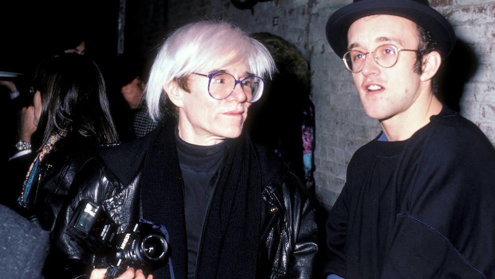 Doppelte Ladung 80s-Fame: Andy Warhol und Keith Haring bei der Eröffnung des Clubs The Tunnel am 15. Dezember 1986 in New York