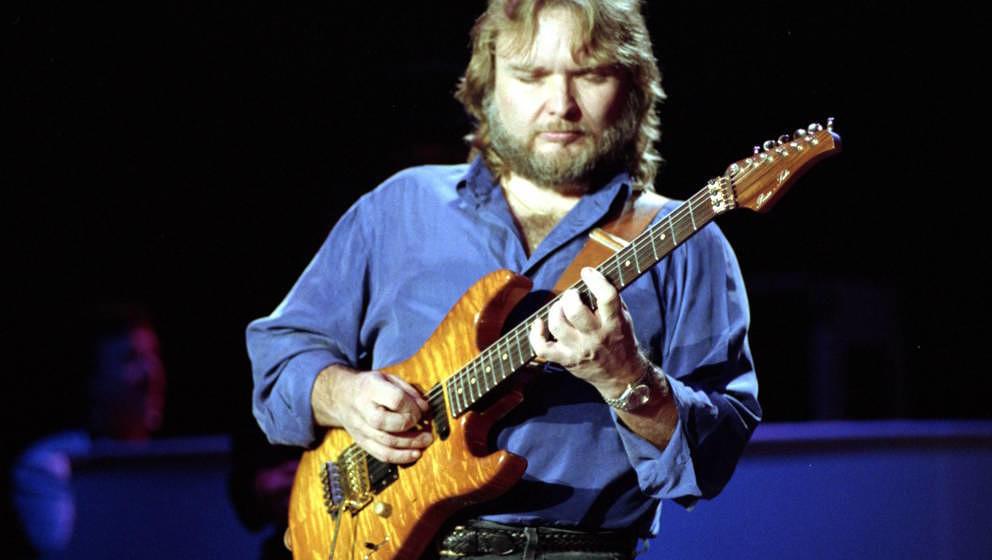 Ed King, Gitarrist von Lynyrd Skynyrd (hier 1991), starb am 22. August 2018 mit 68 Jahren in Nashville