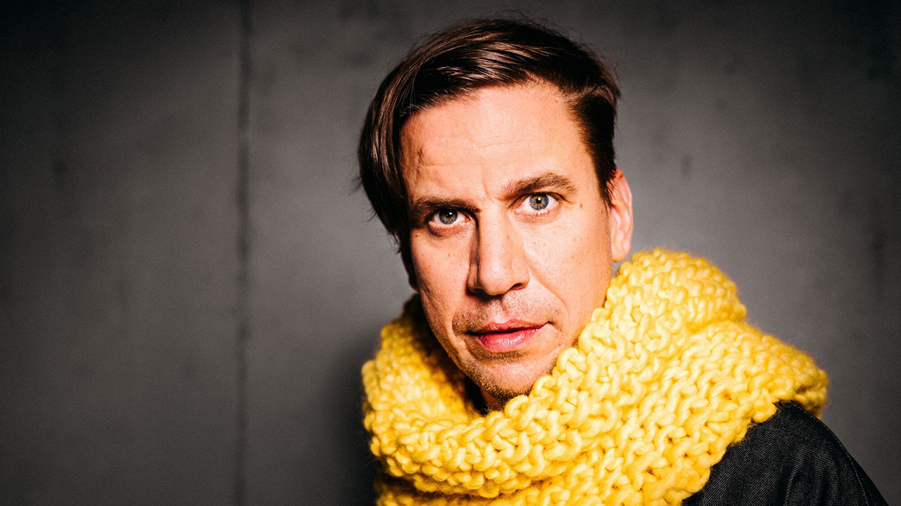 """Oliver Koletzki wurde mit seinem Track """"Der Mückenschwarm"""" international bekannt."""