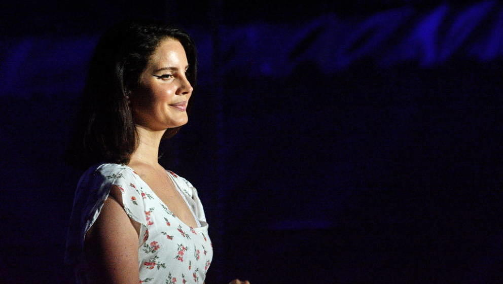 BUDAPEST, HUNGARY - AUGUST 10:  Lana Del Rey performing at Sziget festival on August 10, 2018 in Budapest, Hungary.  (Photo b