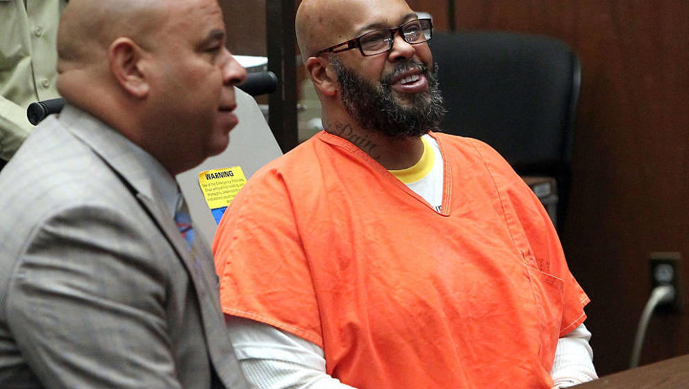 LOS ANGELES, CA - APRIL 08:  Marion 'Suge' Knight (R) appears in court with his Lawyer Matthew P Fletcher for a preliminary h
