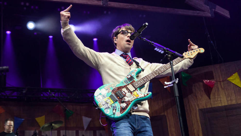 CHARLOTTE, NC - JULY 25:  (EDITORS NOTE: Image contains profanity.) Singer/guitarist Rivers Cuomo of Weezer performs at PNC M
