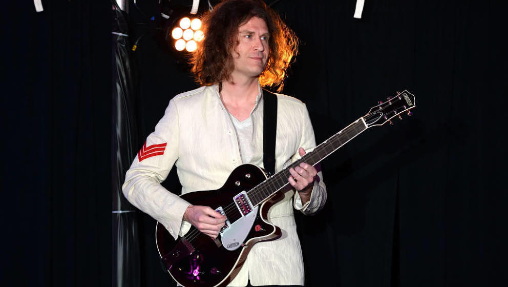 HOLLYWOOD, CA - MAY 19:  Dave Keuning onstage at Uplift Family Services at Hollygrove's 7th Annual Norma Jean Gala Presented