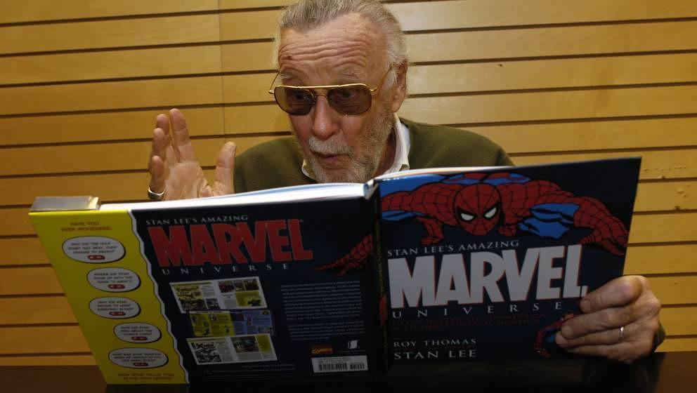 Reaktionen zu Stan Lees Tod: Superhelden nehmen Abschied - Musikexpress
