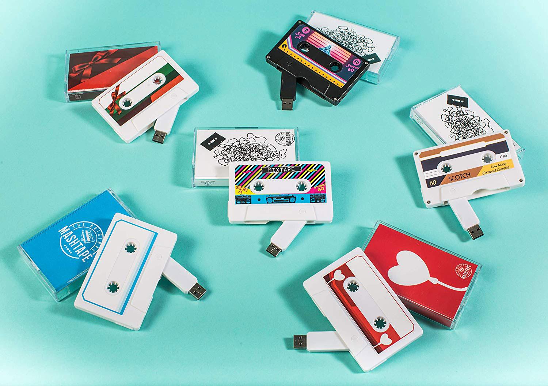 The Original MASHTAPE: Retro-Kassette mit verstecktem USB-Stick
