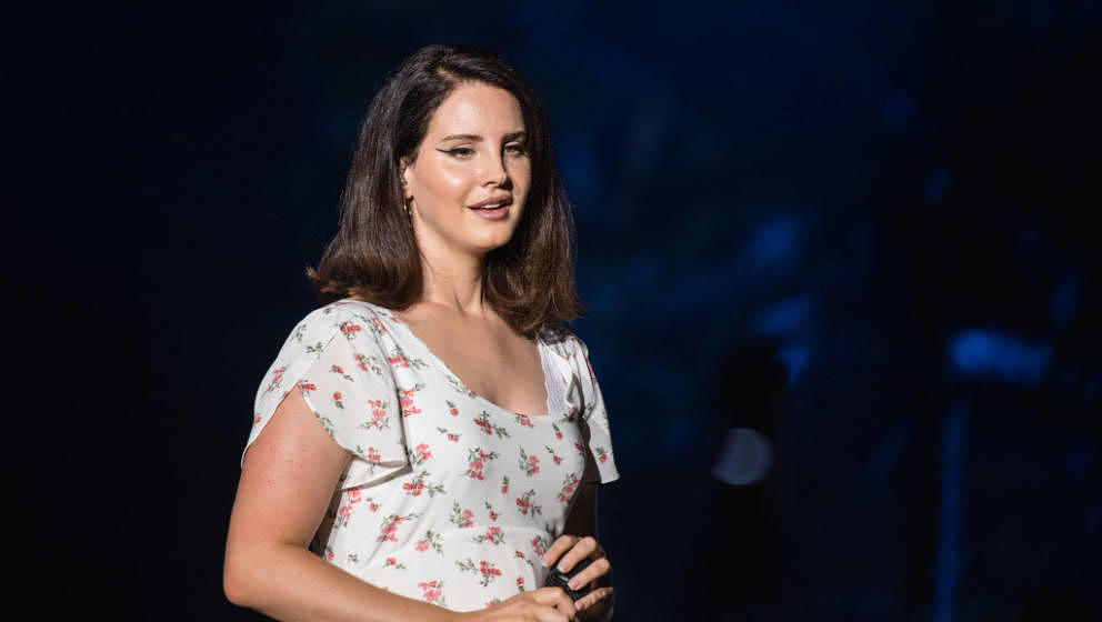 BUDAPEST, HUNGARY - AUGUST 10:  Lana Del Rey performs at Sziget Festival 2018 on August 10, 2018 in Budapest, Hungary.  (Phot
