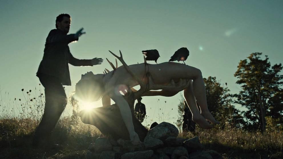 """Nur die ersten von vielen blutigen Szenen aus """"Hannibal"""""""