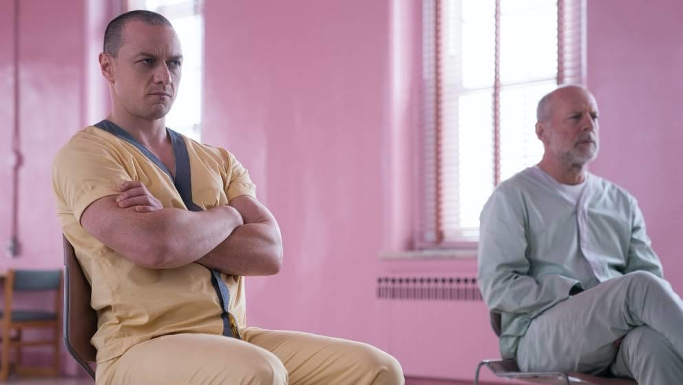"James McAvoy und Bruce Willis in ""Glass""."