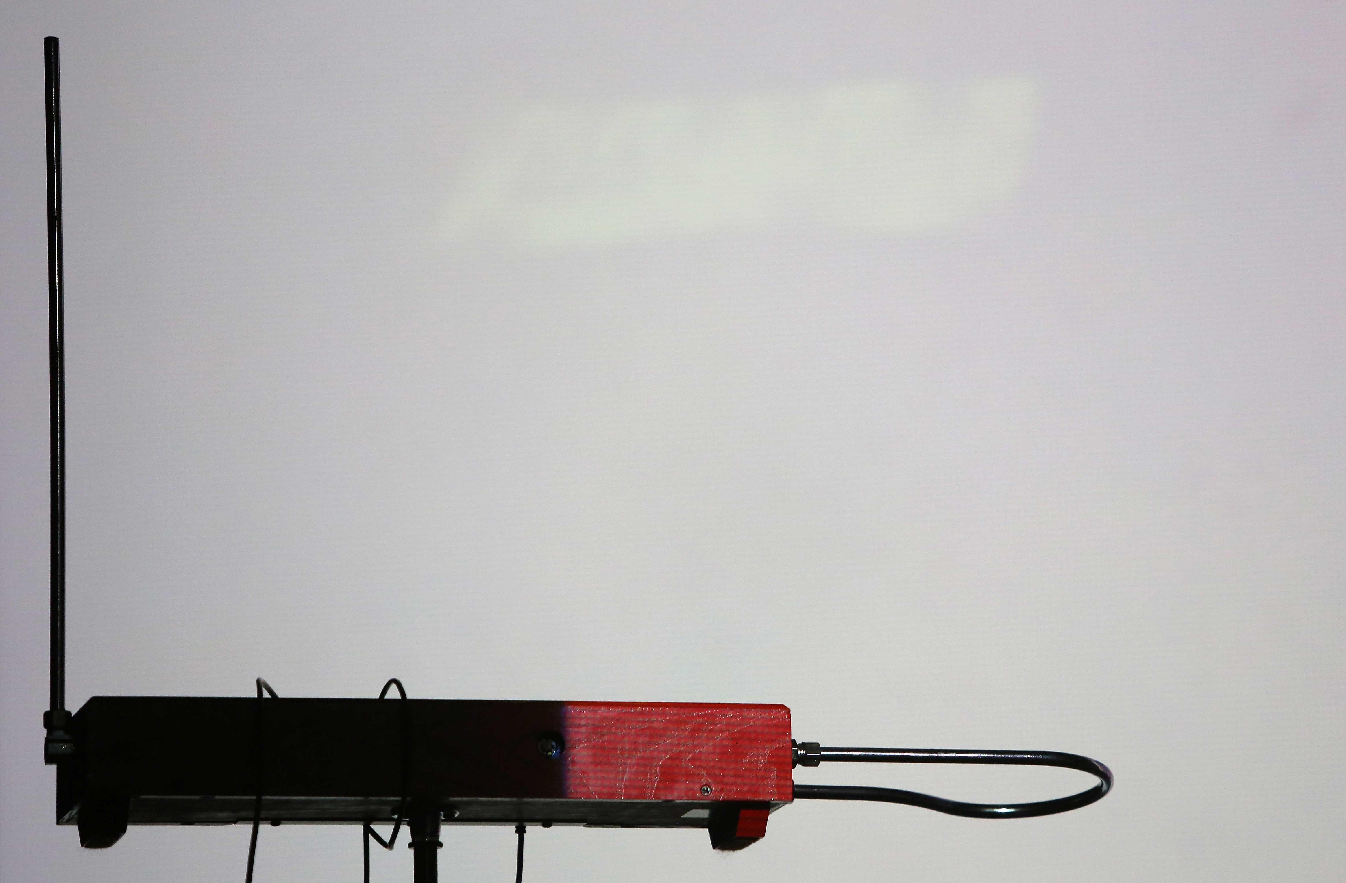 Ein Theremin irgendwo auf einer Bühne in Berlin.